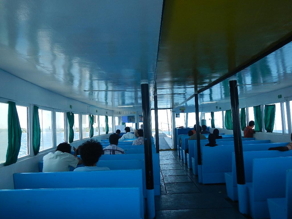 モルディブの首都島マレで泳げる場所とビリンギリ島_a0349326_22424236.jpg
