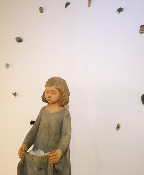 本日1/17(日)まで【神崎由梨作品展〜風をわたす】_a0017350_07252899.jpg