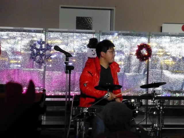 12月18日、久山療育園、東医療センターで、クリスマスライブでした♪_e0188087_21555562.jpg