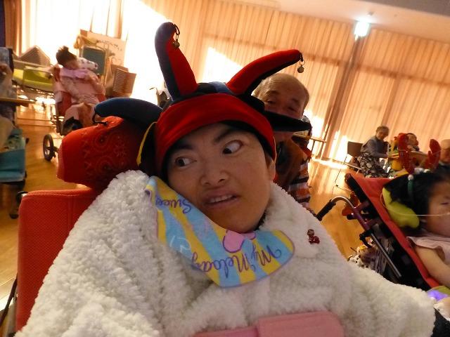 12月18日、久山療育園、東医療センターで、クリスマスライブでした♪_e0188087_222698.jpg