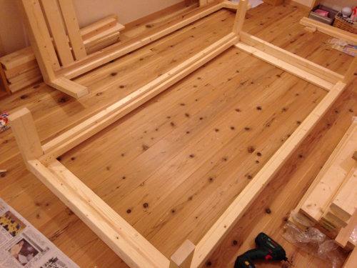 木製ベットを手軽にDIY_b0349892_20014301.jpg