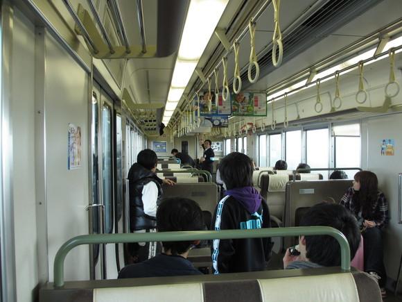 JR四国 瀬戸大橋線 運転見合わせ。_d0202264_214550100.jpg