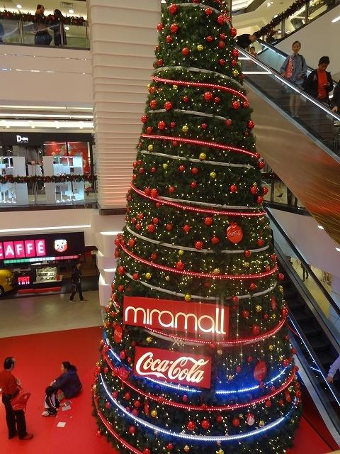 美麗華商場のクリスマスデコレーション _b0248150_03310933.jpg