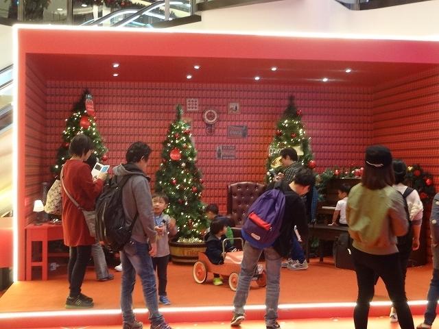 美麗華商場のクリスマスデコレーション _b0248150_03333561.jpg