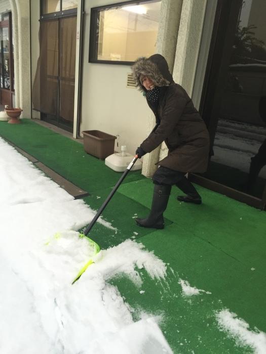 雪の中・・・_e0351292_17302941.jpg