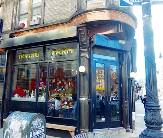 ニューヨーク、ロウワー・イーストの風情たっぷりな街角風景_b0007805_11313510.jpg