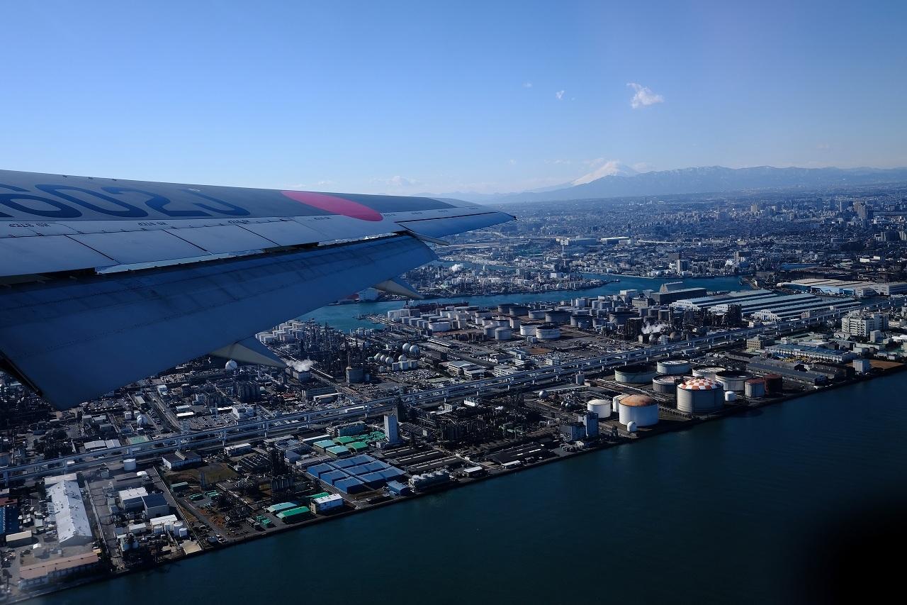 JL0117 Haneda to Oosaka by FUJIFILM X-Pro2+FUJINON23mm_f0050534_09104228.jpg