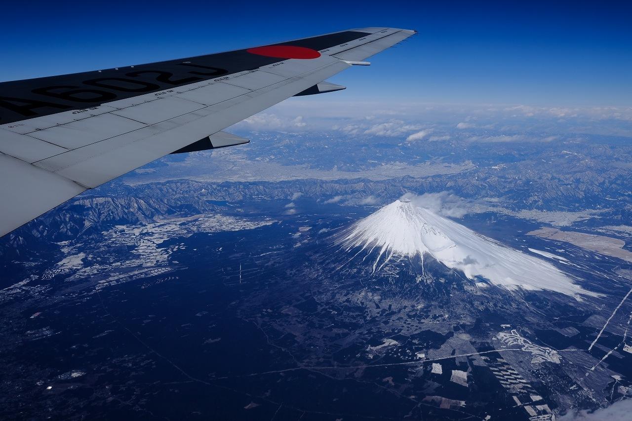JL0117 Haneda to Oosaka by FUJIFILM X-Pro2+FUJINON23mm_f0050534_09104357.jpg
