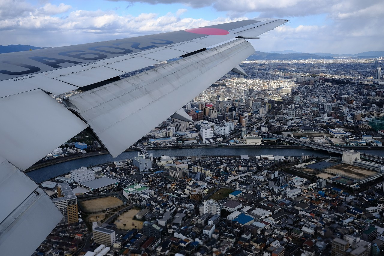 JL0117 Haneda to Oosaka by FUJIFILM X-Pro2+FUJINON23mm_f0050534_09104380.jpg