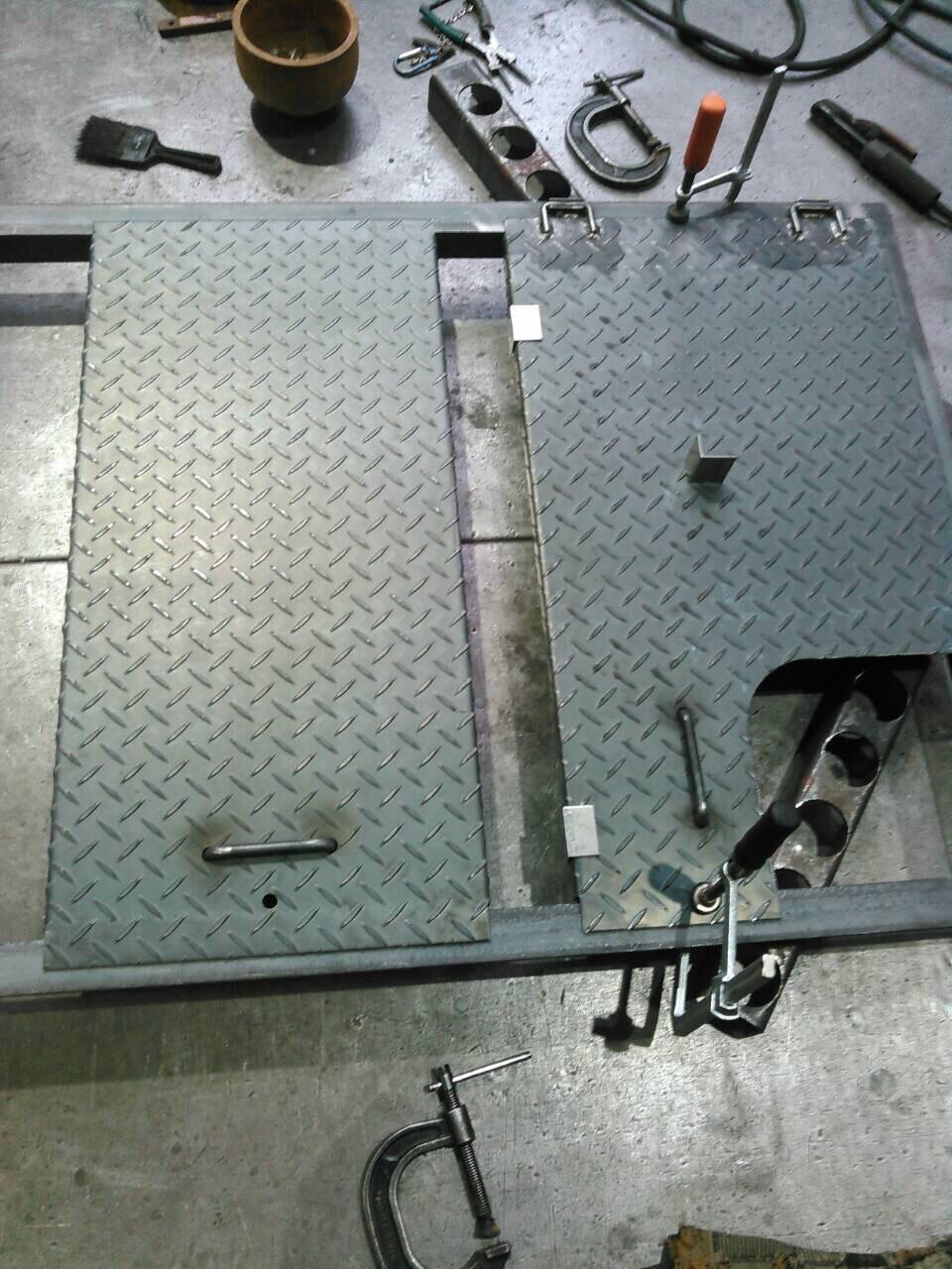 温水器の蓋製作_f0228240_13154755.jpg