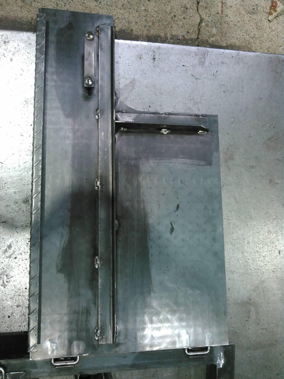 温水器の蓋製作_f0228240_13161335.jpg