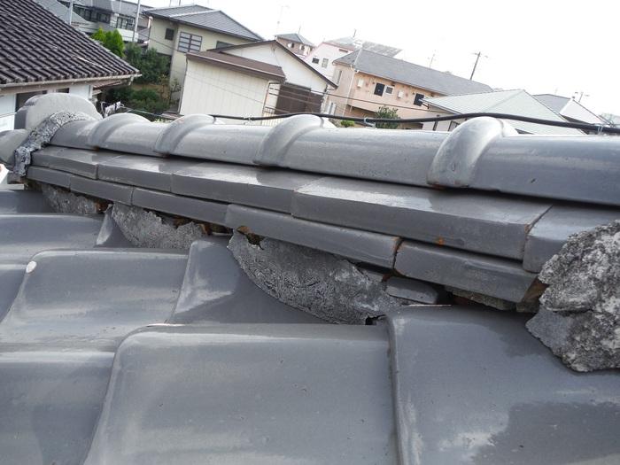 屋根瓦葺き直し ~ そろそろ時期かと_d0165368_729261.jpg