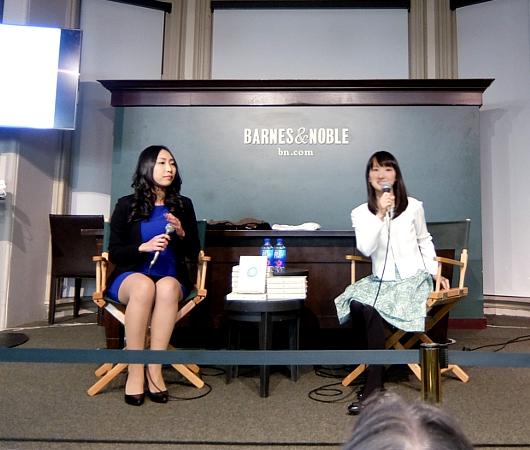 こんまりさんの巫女オーラ!! NYの本屋さんのイベントで近藤麻理恵さんにお会いしました!!!_b0007805_15344297.jpg