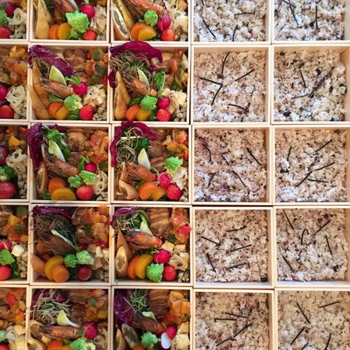新年祝賀会のお弁当_a0251920_12174873.jpg