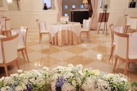 夏の装花 恵比寿イーストギャラリー様の結婚式へ ブーケのカスミソウをおそろいで_a0042928_1531237.jpg