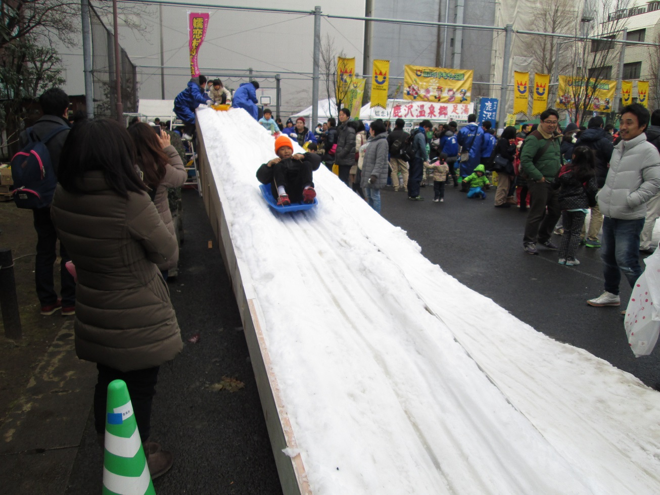 神田雪だるまフェアに参戦_f0180878_2093029.jpg