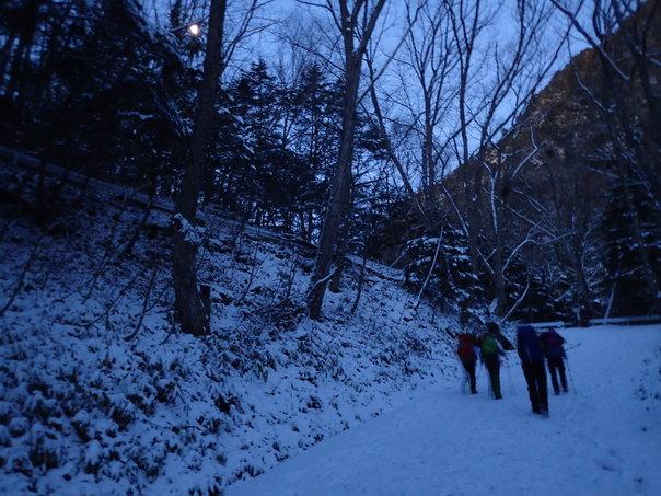 雪山登山への道:後編_b0133032_2313349.jpg