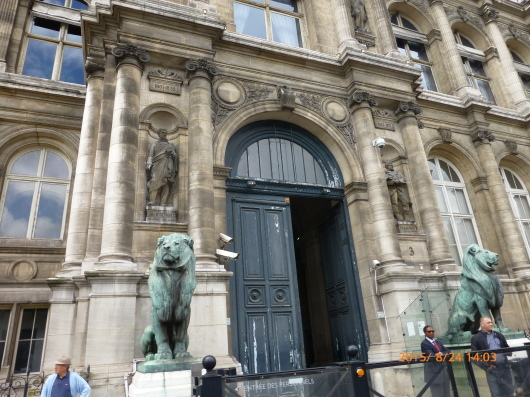 Hotel de Ville パリ市庁舎の見学_d0263859_17365081.jpg