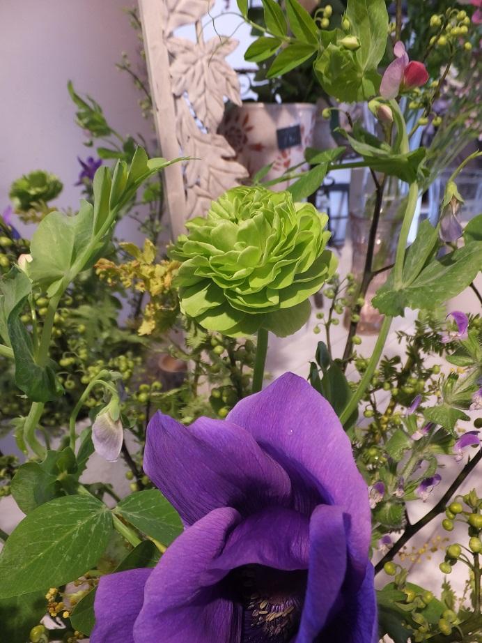 オークリーフ花の教室(石川さんの作品)_f0049672_1750410.jpg