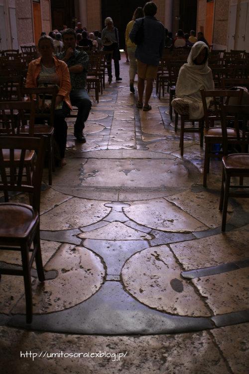 シャルトル大聖堂から眺める @フランス_b0324291_09322996.jpg