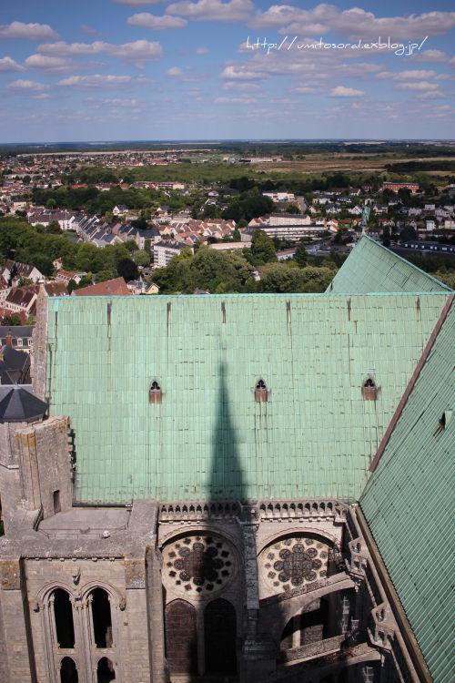 シャルトル大聖堂から眺める @フランス_b0324291_09323299.jpg