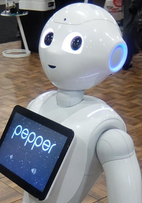 感情認識ロボットのペッパーくんがNY上陸 #PepperRobot_b0007805_3123584.jpg