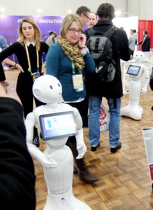 感情認識ロボットのペッパーくんがNY上陸 #PepperRobot_b0007805_3134178.jpg
