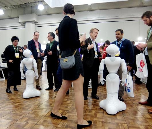 感情認識ロボットのペッパーくんがNY上陸 #PepperRobot_b0007805_3142592.jpg