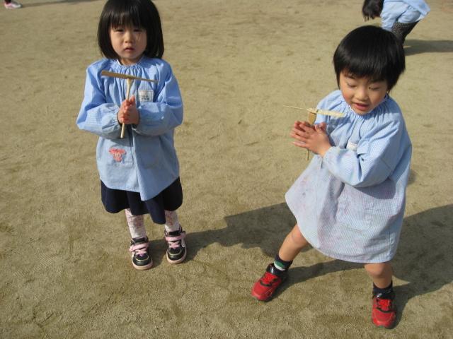 縄跳び練習中_c0107515_17202923.jpg