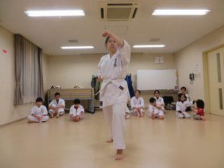 土曜日空手 宮の沢・八軒・麻生_c0118332_22343319.jpg
