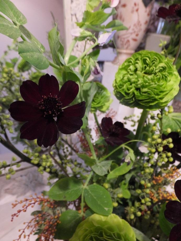 オークリーフ花の教室(富田さんの作品)_f0049672_17374243.jpg