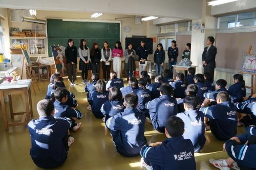 今年も松戸市立和名谷中学校で鑑賞活動(1)_e0201681_19065434.jpg