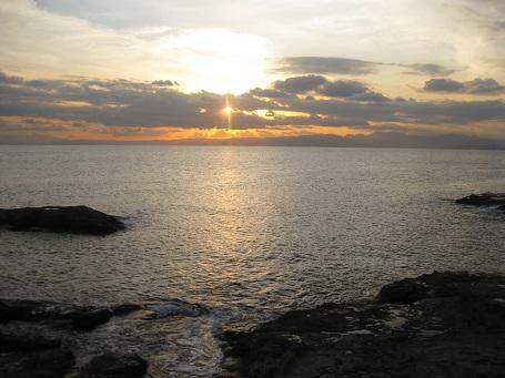 ★江の島だぁー!黒鯛だぁー!サザエ・ハマグリ焼き・シラス丼★_e0147297_17541423.jpg