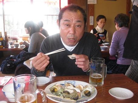 ★江の島だぁー!黒鯛だぁー!サザエ・ハマグリ焼き・シラス丼★_e0147297_1765611.jpg