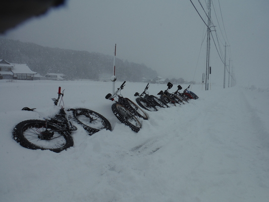 ファットバイクで雪遊び 2016 _c0132901_18353256.jpg