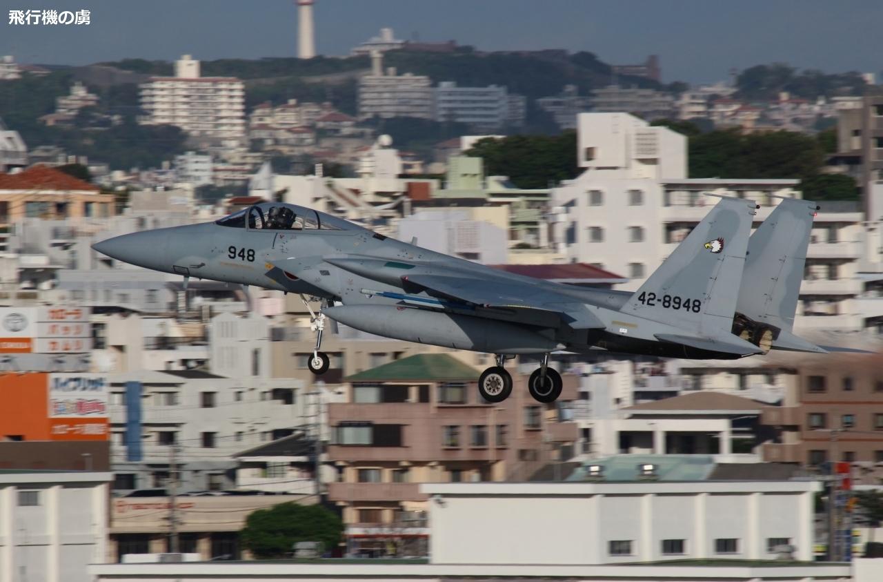 街並みを背景に F-15J Eagleの着陸態勢  航空自衛隊_b0313338_18011054.jpg
