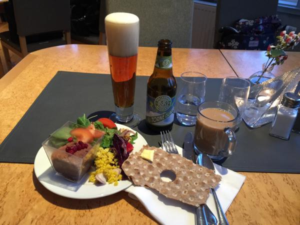 北欧レポ  ツアーの食事_d0158258_08514726.jpg