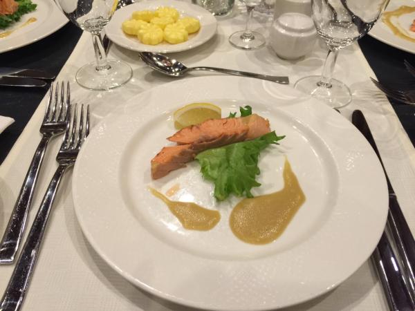 北欧レポ  ツアーの食事_d0158258_08514973.jpg