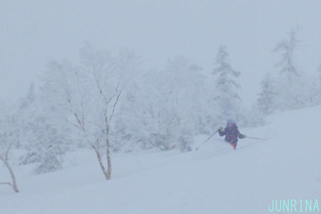 深雪の滑り方を思い出せ!_d0110562_14072338.jpg