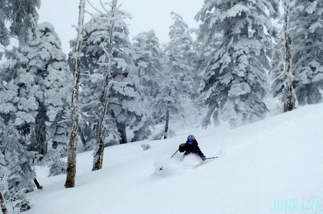 深雪の滑り方を思い出せ!_d0110562_14100867.jpg