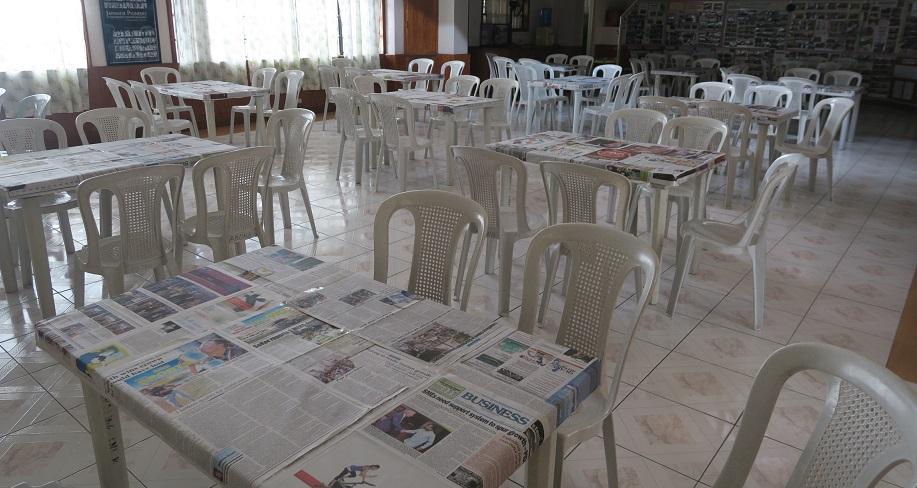 バギオ市で「書き初め大会」: 今年は一般にも公開で大盛況_a0109542_13562247.jpg