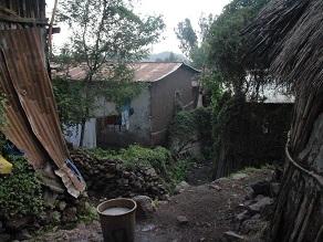 エチオピアの地ビールというか泥水?タッラに挑戦してみよう_c0030645_19212973.jpg