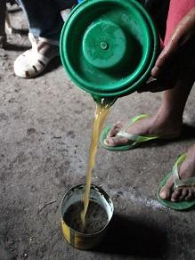 エチオピアの地ビールというか泥水?タッラに挑戦してみよう_c0030645_192715.jpg