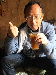 エチオピアの地ビールというか泥水?タッラに挑戦してみよう_c0030645_19415158.jpg