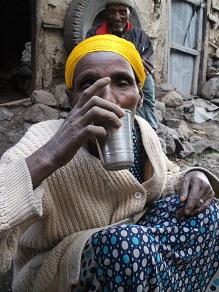 エチオピアの地ビールというか泥水?タッラに挑戦してみよう_c0030645_20264310.jpg