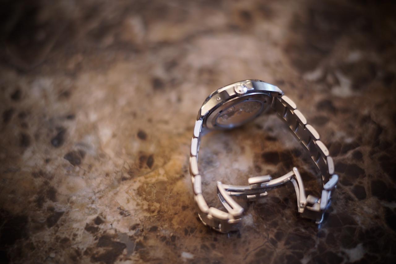 零下の鋼鉄ブレス時計。。。_f0057849_14385287.jpg