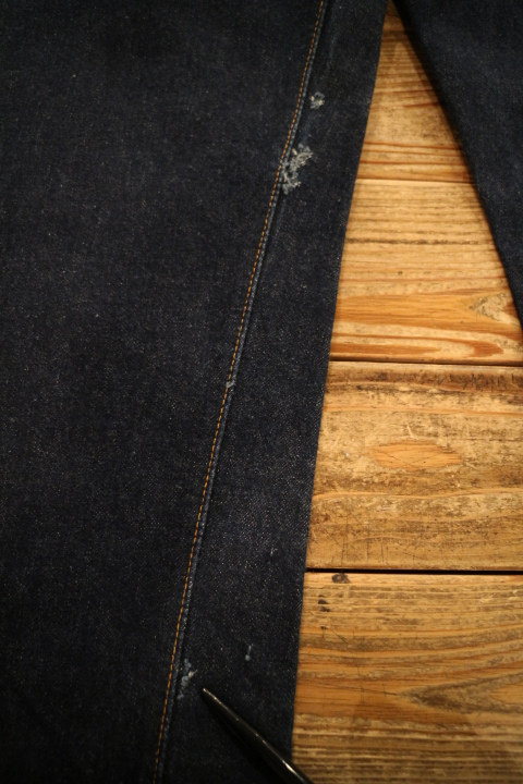 "【NEW ARRIVAL】-Vintage LEVI\'S 501ZXX ""Leather Patch\""-_b0121563_1911828.jpg"