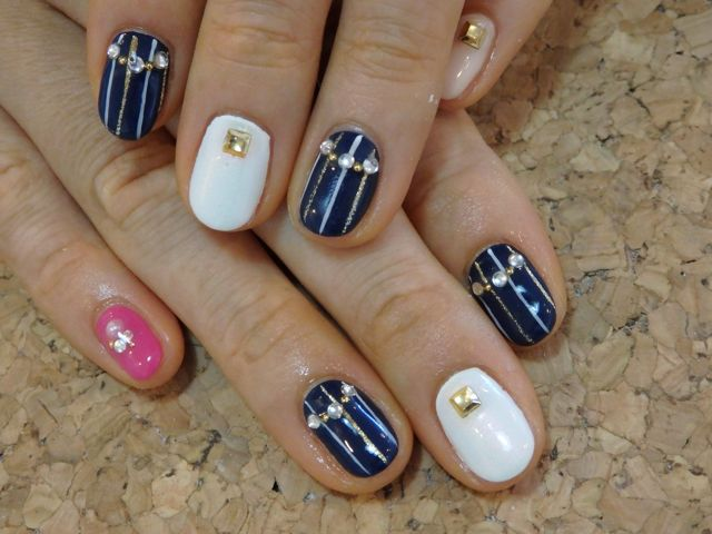 Stripe Nail_a0239065_172198.jpg