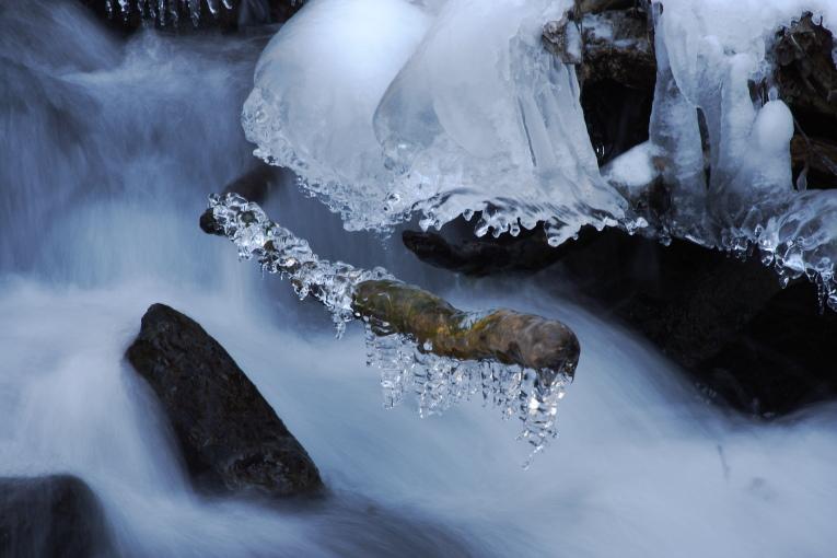 清里 吐竜の滝の氷結_e0165983_163489.jpg