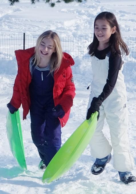 セントラルパークで雪ソリ遊びするならココ、Cedar Hill_b0007805_22262264.jpg